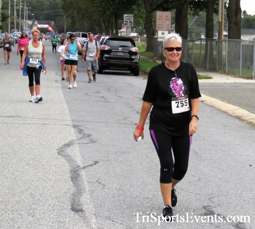 10th Annual Queen of the Roses 5K Run/Walk<br><br><br><br><a href='http://www.trisportsevents.com/pics/IMG_4304.JPG' download='IMG_4304.JPG'>Click here to download.</a><Br><a href='http://www.facebook.com/sharer.php?u=http:%2F%2Fwww.trisportsevents.com%2Fpics%2FIMG_4304.JPG&t=10th Annual Queen of the Roses 5K Run/Walk' target='_blank'><img src='images/fb_share.png' width='100'></a>