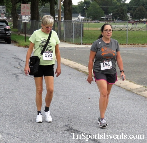 St. Johns Oktoberfest 5K Run/Walk<br><br><br><br><a href='http://www.trisportsevents.com/pics/IMG_4309.JPG' download='IMG_4309.JPG'>Click here to download.</a><Br><a href='http://www.facebook.com/sharer.php?u=http:%2F%2Fwww.trisportsevents.com%2Fpics%2FIMG_4309.JPG&t=St. Johns Oktoberfest 5K Run/Walk' target='_blank'><img src='images/fb_share.png' width='100'></a>