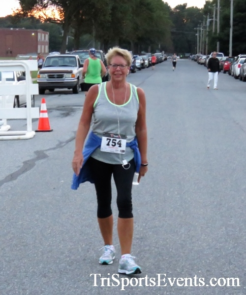 St. Johns Oktoberfest 5K Run/Walk<br><br><br><br><a href='http://www.trisportsevents.com/pics/IMG_4437.JPG' download='IMG_4437.JPG'>Click here to download.</a><Br><a href='http://www.facebook.com/sharer.php?u=http:%2F%2Fwww.trisportsevents.com%2Fpics%2FIMG_4437.JPG&t=St. Johns Oktoberfest 5K Run/Walk' target='_blank'><img src='images/fb_share.png' width='100'></a>