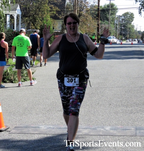 Run for the Ribbons Half Way to St. Patrick's Day 5K Run/Walk<br><br><br><br><a href='http://www.trisportsevents.com/pics/IMG_4709.JPG' download='IMG_4709.JPG'>Click here to download.</a><Br><a href='http://www.facebook.com/sharer.php?u=http:%2F%2Fwww.trisportsevents.com%2Fpics%2FIMG_4709.JPG&t=Run for the Ribbons Half Way to St. Patrick's Day 5K Run/Walk' target='_blank'><img src='images/fb_share.png' width='100'></a>