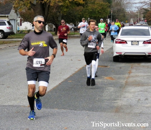 Gobble Wobble 5K Run/Walk<br><br>2017 Gobble Wobble 5K<p><br><br><a href='https://www.trisportsevents.com/pics/IMG_5246.JPG' download='IMG_5246.JPG'>Click here to download.</a><Br><a href='http://www.facebook.com/sharer.php?u=http:%2F%2Fwww.trisportsevents.com%2Fpics%2FIMG_5246.JPG&t=Gobble Wobble 5K Run/Walk' target='_blank'><img src='images/fb_share.png' width='100'></a>