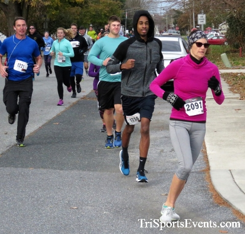 Gobble Wobble 5K Run/Walk<br><br>2017 Gobble Wobble 5K<p><br><br><a href='https://www.trisportsevents.com/pics/IMG_5262.JPG' download='IMG_5262.JPG'>Click here to download.</a><Br><a href='http://www.facebook.com/sharer.php?u=http:%2F%2Fwww.trisportsevents.com%2Fpics%2FIMG_5262.JPG&t=Gobble Wobble 5K Run/Walk' target='_blank'><img src='images/fb_share.png' width='100'></a>