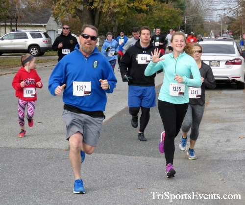 Gobble Wobble 5K Run/Walk<br><br>2017 Gobble Wobble 5K<p><br><br><a href='https://www.trisportsevents.com/pics/IMG_5264.JPG' download='IMG_5264.JPG'>Click here to download.</a><Br><a href='http://www.facebook.com/sharer.php?u=http:%2F%2Fwww.trisportsevents.com%2Fpics%2FIMG_5264.JPG&t=Gobble Wobble 5K Run/Walk' target='_blank'><img src='images/fb_share.png' width='100'></a>