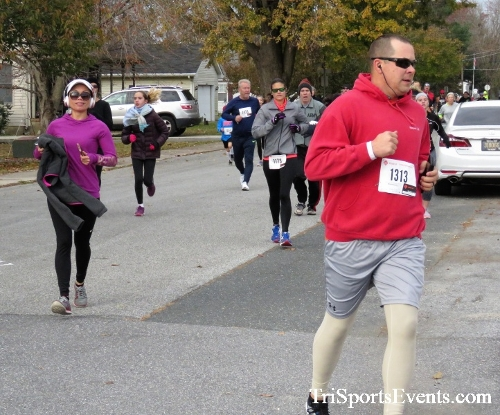 Gobble Wobble 5K Run/Walk<br><br>2017 Gobble Wobble 5K<p><br><br><a href='https://www.trisportsevents.com/pics/IMG_5282.JPG' download='IMG_5282.JPG'>Click here to download.</a><Br><a href='http://www.facebook.com/sharer.php?u=http:%2F%2Fwww.trisportsevents.com%2Fpics%2FIMG_5282.JPG&t=Gobble Wobble 5K Run/Walk' target='_blank'><img src='images/fb_share.png' width='100'></a>