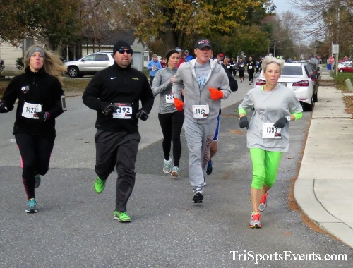 Gobble Wobble 5K Run/Walk<br><br>2017 Gobble Wobble 5K<p><br><br><a href='https://www.trisportsevents.com/pics/IMG_5286.JPG' download='IMG_5286.JPG'>Click here to download.</a><Br><a href='http://www.facebook.com/sharer.php?u=http:%2F%2Fwww.trisportsevents.com%2Fpics%2FIMG_5286.JPG&t=Gobble Wobble 5K Run/Walk' target='_blank'><img src='images/fb_share.png' width='100'></a>
