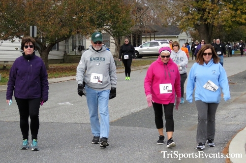 Gobble Wobble 5K Run/Walk<br><br>2017 Gobble Wobble 5K<p><br><br><a href='https://www.trisportsevents.com/pics/IMG_5346.JPG' download='IMG_5346.JPG'>Click here to download.</a><Br><a href='http://www.facebook.com/sharer.php?u=http:%2F%2Fwww.trisportsevents.com%2Fpics%2FIMG_5346.JPG&t=Gobble Wobble 5K Run/Walk' target='_blank'><img src='images/fb_share.png' width='100'></a>