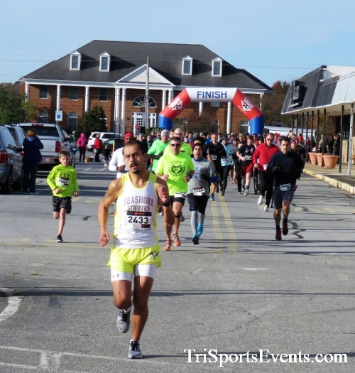 4th Annual Turkey Trot 5k Run/Walk<br><br><br><br><a href='https://www.trisportsevents.com/pics/IMG_5673.JPG' download='IMG_5673.JPG'>Click here to download.</a><Br><a href='http://www.facebook.com/sharer.php?u=http:%2F%2Fwww.trisportsevents.com%2Fpics%2FIMG_5673.JPG&t=4th Annual Turkey Trot 5k Run/Walk' target='_blank'><img src='images/fb_share.png' width='100'></a>