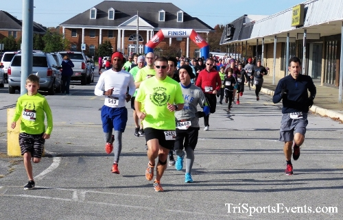 4th Annual Turkey Trot 5k Run/Walk<br><br><br><br><a href='https://www.trisportsevents.com/pics/IMG_5675.JPG' download='IMG_5675.JPG'>Click here to download.</a><Br><a href='http://www.facebook.com/sharer.php?u=http:%2F%2Fwww.trisportsevents.com%2Fpics%2FIMG_5675.JPG&t=4th Annual Turkey Trot 5k Run/Walk' target='_blank'><img src='images/fb_share.png' width='100'></a>
