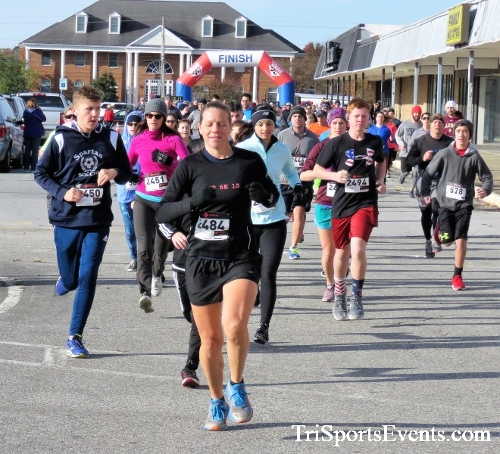 4th Annual Turkey Trot 5k Run/Walk<br><br><br><br><a href='https://www.trisportsevents.com/pics/IMG_5678.JPG' download='IMG_5678.JPG'>Click here to download.</a><Br><a href='http://www.facebook.com/sharer.php?u=http:%2F%2Fwww.trisportsevents.com%2Fpics%2FIMG_5678.JPG&t=4th Annual Turkey Trot 5k Run/Walk' target='_blank'><img src='images/fb_share.png' width='100'></a>