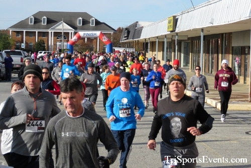 4th Annual Turkey Trot 5k Run/Walk<br><br><br><br><a href='https://www.trisportsevents.com/pics/IMG_5680.JPG' download='IMG_5680.JPG'>Click here to download.</a><Br><a href='http://www.facebook.com/sharer.php?u=http:%2F%2Fwww.trisportsevents.com%2Fpics%2FIMG_5680.JPG&t=4th Annual Turkey Trot 5k Run/Walk' target='_blank'><img src='images/fb_share.png' width='100'></a>
