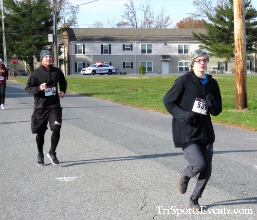 4th Annual Turkey Trot 5k Run/Walk<br><br><br><br><a href='https://www.trisportsevents.com/pics/IMG_5711.JPG' download='IMG_5711.JPG'>Click here to download.</a><Br><a href='http://www.facebook.com/sharer.php?u=http:%2F%2Fwww.trisportsevents.com%2Fpics%2FIMG_5711.JPG&t=4th Annual Turkey Trot 5k Run/Walk' target='_blank'><img src='images/fb_share.png' width='100'></a>