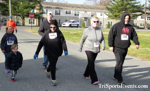 4th Annual Turkey Trot 5k Run/Walk<br><br><br><br><a href='https://www.trisportsevents.com/pics/IMG_5774.JPG' download='IMG_5774.JPG'>Click here to download.</a><Br><a href='http://www.facebook.com/sharer.php?u=http:%2F%2Fwww.trisportsevents.com%2Fpics%2FIMG_5774.JPG&t=4th Annual Turkey Trot 5k Run/Walk' target='_blank'><img src='images/fb_share.png' width='100'></a>