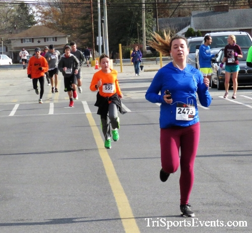 4th Annual Turkey Trot 5k Run/Walk<br><br><br><br><a href='https://www.trisportsevents.com/pics/IMG_5809.JPG' download='IMG_5809.JPG'>Click here to download.</a><Br><a href='http://www.facebook.com/sharer.php?u=http:%2F%2Fwww.trisportsevents.com%2Fpics%2FIMG_5809.JPG&t=4th Annual Turkey Trot 5k Run/Walk' target='_blank'><img src='images/fb_share.png' width='100'></a>