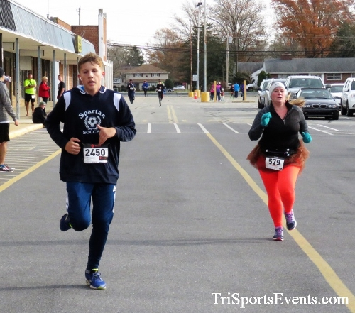 4th Annual Turkey Trot 5k Run/Walk<br><br><br><br><a href='https://www.trisportsevents.com/pics/IMG_5852.JPG' download='IMG_5852.JPG'>Click here to download.</a><Br><a href='http://www.facebook.com/sharer.php?u=http:%2F%2Fwww.trisportsevents.com%2Fpics%2FIMG_5852.JPG&t=4th Annual Turkey Trot 5k Run/Walk' target='_blank'><img src='images/fb_share.png' width='100'></a>