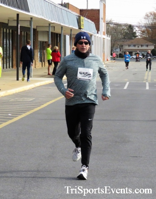 4th Annual Turkey Trot 5k Run/Walk<br><br><br><br><a href='https://www.trisportsevents.com/pics/IMG_5862.JPG' download='IMG_5862.JPG'>Click here to download.</a><Br><a href='http://www.facebook.com/sharer.php?u=http:%2F%2Fwww.trisportsevents.com%2Fpics%2FIMG_5862.JPG&t=4th Annual Turkey Trot 5k Run/Walk' target='_blank'><img src='images/fb_share.png' width='100'></a>