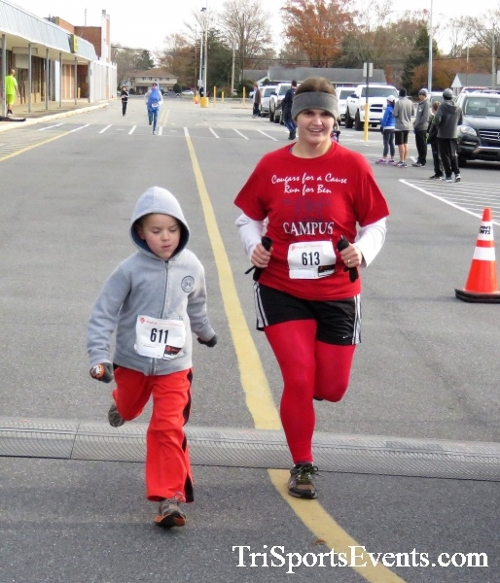 4th Annual Turkey Trot 5k Run/Walk<br><br><br><br><a href='https://www.trisportsevents.com/pics/IMG_5882.JPG' download='IMG_5882.JPG'>Click here to download.</a><Br><a href='http://www.facebook.com/sharer.php?u=http:%2F%2Fwww.trisportsevents.com%2Fpics%2FIMG_5882.JPG&t=4th Annual Turkey Trot 5k Run/Walk' target='_blank'><img src='images/fb_share.png' width='100'></a>