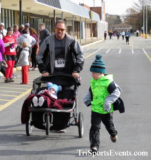 4th Annual Turkey Trot 5k Run/Walk<br><br><br><br><a href='https://www.trisportsevents.com/pics/IMG_5924.JPG' download='IMG_5924.JPG'>Click here to download.</a><Br><a href='http://www.facebook.com/sharer.php?u=http:%2F%2Fwww.trisportsevents.com%2Fpics%2FIMG_5924.JPG&t=4th Annual Turkey Trot 5k Run/Walk' target='_blank'><img src='images/fb_share.png' width='100'></a>