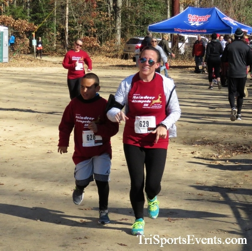 19 Reindeer Stampede 5K Trail Run/Walk<br><br><br><br><a href='https://www.trisportsevents.com/pics/IMG_6195.JPG' download='IMG_6195.JPG'>Click here to download.</a><Br><a href='http://www.facebook.com/sharer.php?u=http:%2F%2Fwww.trisportsevents.com%2Fpics%2FIMG_6195.JPG&t=19 Reindeer Stampede 5K Trail Run/Walk' target='_blank'><img src='images/fb_share.png' width='100'></a>