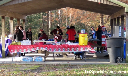 Share the Holiday Spirit 5K Run/Walk<br><br><br><br><a href='https://www.trisportsevents.com/pics/IMG_6303.JPG' download='IMG_6303.JPG'>Click here to download.</a><Br><a href='http://www.facebook.com/sharer.php?u=http:%2F%2Fwww.trisportsevents.com%2Fpics%2FIMG_6303.JPG&t=Share the Holiday Spirit 5K Run/Walk' target='_blank'><img src='images/fb_share.png' width='100'></a>