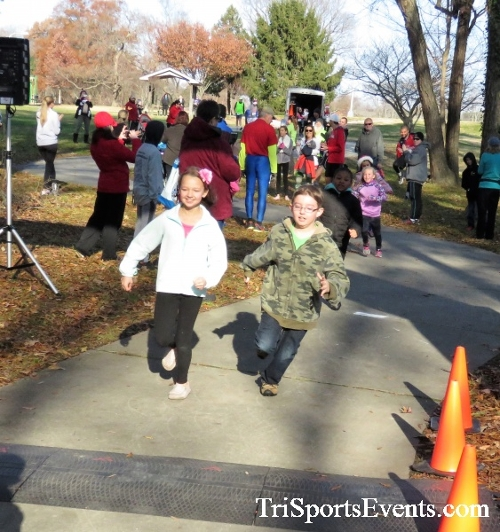 Share the Holiday Spirit 5K Run/Walk<br><br><br><br><a href='https://www.trisportsevents.com/pics/IMG_6306.JPG' download='IMG_6306.JPG'>Click here to download.</a><Br><a href='http://www.facebook.com/sharer.php?u=http:%2F%2Fwww.trisportsevents.com%2Fpics%2FIMG_6306.JPG&t=Share the Holiday Spirit 5K Run/Walk' target='_blank'><img src='images/fb_share.png' width='100'></a>