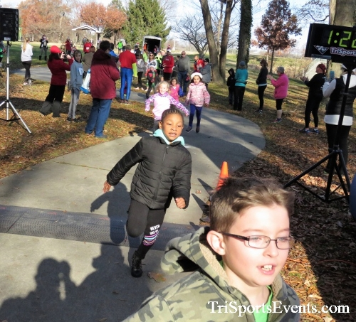 Share the Holiday Spirit 5K Run/Walk<br><br><br><br><a href='http://www.trisportsevents.com/pics/IMG_6307.JPG' download='IMG_6307.JPG'>Click here to download.</a><Br><a href='http://www.facebook.com/sharer.php?u=http:%2F%2Fwww.trisportsevents.com%2Fpics%2FIMG_6307.JPG&t=Share the Holiday Spirit 5K Run/Walk' target='_blank'><img src='images/fb_share.png' width='100'></a>