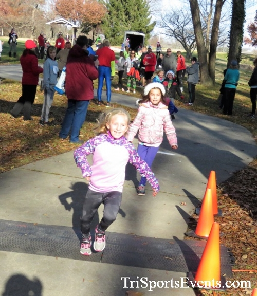 Share the Holiday Spirit 5K Run/Walk<br><br><br><br><a href='http://www.trisportsevents.com/pics/IMG_6308.JPG' download='IMG_6308.JPG'>Click here to download.</a><Br><a href='http://www.facebook.com/sharer.php?u=http:%2F%2Fwww.trisportsevents.com%2Fpics%2FIMG_6308.JPG&t=Share the Holiday Spirit 5K Run/Walk' target='_blank'><img src='images/fb_share.png' width='100'></a>