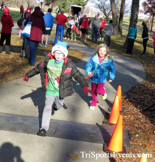 Share the Holiday Spirit 5K Run/Walk<br><br><br><br><a href='http://www.trisportsevents.com/pics/IMG_6310.JPG' download='IMG_6310.JPG'>Click here to download.</a><Br><a href='http://www.facebook.com/sharer.php?u=http:%2F%2Fwww.trisportsevents.com%2Fpics%2FIMG_6310.JPG&t=Share the Holiday Spirit 5K Run/Walk' target='_blank'><img src='images/fb_share.png' width='100'></a>