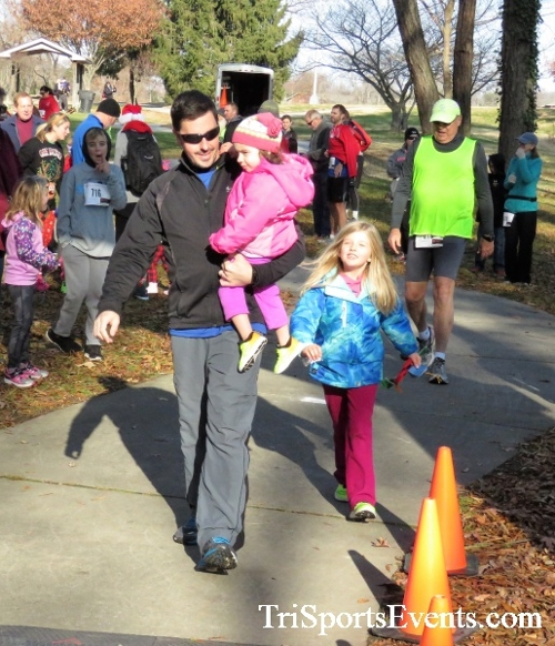 Share the Holiday Spirit 5K Run/Walk<br><br><br><br><a href='http://www.trisportsevents.com/pics/IMG_6317.JPG' download='IMG_6317.JPG'>Click here to download.</a><Br><a href='http://www.facebook.com/sharer.php?u=http:%2F%2Fwww.trisportsevents.com%2Fpics%2FIMG_6317.JPG&t=Share the Holiday Spirit 5K Run/Walk' target='_blank'><img src='images/fb_share.png' width='100'></a>