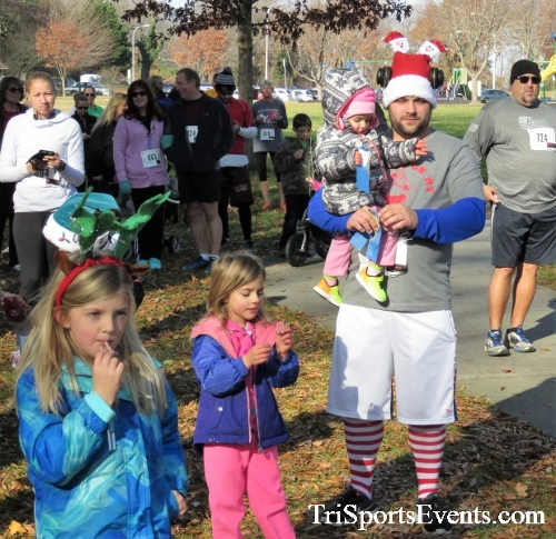 Share the Holiday Spirit 5K Run/Walk<br><br><br><br><a href='http://www.trisportsevents.com/pics/IMG_6318.JPG' download='IMG_6318.JPG'>Click here to download.</a><Br><a href='http://www.facebook.com/sharer.php?u=http:%2F%2Fwww.trisportsevents.com%2Fpics%2FIMG_6318.JPG&t=Share the Holiday Spirit 5K Run/Walk' target='_blank'><img src='images/fb_share.png' width='100'></a>