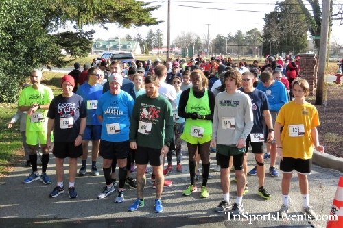 Share the Holiday Spirit 5K Run/Walk<br><br><br><br><a href='http://www.trisportsevents.com/pics/IMG_6320.JPG' download='IMG_6320.JPG'>Click here to download.</a><Br><a href='http://www.facebook.com/sharer.php?u=http:%2F%2Fwww.trisportsevents.com%2Fpics%2FIMG_6320.JPG&t=Share the Holiday Spirit 5K Run/Walk' target='_blank'><img src='images/fb_share.png' width='100'></a>