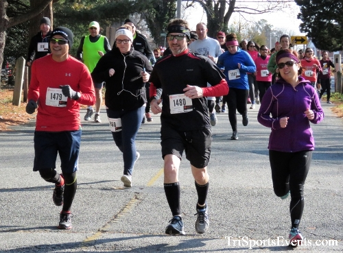 Share the Holiday Spirit 5K Run/Walk<br><br><br><br><a href='https://www.trisportsevents.com/pics/IMG_6329.JPG' download='IMG_6329.JPG'>Click here to download.</a><Br><a href='http://www.facebook.com/sharer.php?u=http:%2F%2Fwww.trisportsevents.com%2Fpics%2FIMG_6329.JPG&t=Share the Holiday Spirit 5K Run/Walk' target='_blank'><img src='images/fb_share.png' width='100'></a>