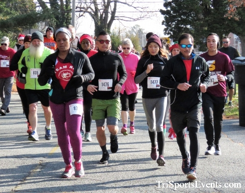 Share the Holiday Spirit 5K Run/Walk<br><br><br><br><a href='http://www.trisportsevents.com/pics/IMG_6334.JPG' download='IMG_6334.JPG'>Click here to download.</a><Br><a href='http://www.facebook.com/sharer.php?u=http:%2F%2Fwww.trisportsevents.com%2Fpics%2FIMG_6334.JPG&t=Share the Holiday Spirit 5K Run/Walk' target='_blank'><img src='images/fb_share.png' width='100'></a>