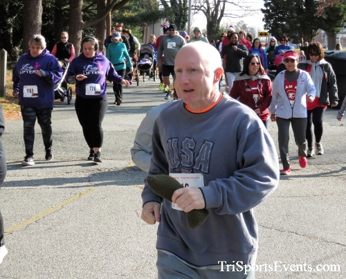Share the Holiday Spirit 5K Run/Walk<br><br><br><br><a href='http://www.trisportsevents.com/pics/IMG_6339.JPG' download='IMG_6339.JPG'>Click here to download.</a><Br><a href='http://www.facebook.com/sharer.php?u=http:%2F%2Fwww.trisportsevents.com%2Fpics%2FIMG_6339.JPG&t=Share the Holiday Spirit 5K Run/Walk' target='_blank'><img src='images/fb_share.png' width='100'></a>