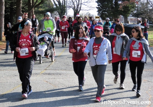 Share the Holiday Spirit 5K Run/Walk<br><br><br><br><a href='http://www.trisportsevents.com/pics/IMG_6340.JPG' download='IMG_6340.JPG'>Click here to download.</a><Br><a href='http://www.facebook.com/sharer.php?u=http:%2F%2Fwww.trisportsevents.com%2Fpics%2FIMG_6340.JPG&t=Share the Holiday Spirit 5K Run/Walk' target='_blank'><img src='images/fb_share.png' width='100'></a>