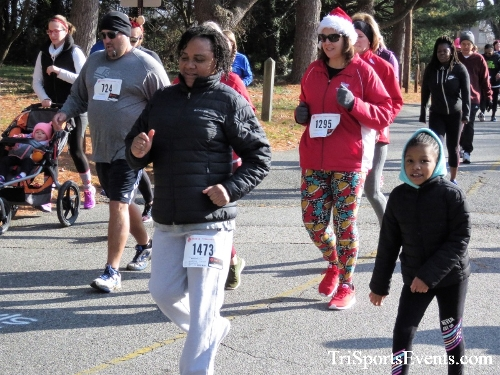 Share the Holiday Spirit 5K Run/Walk<br><br><br><br><a href='https://www.trisportsevents.com/pics/IMG_6342.JPG' download='IMG_6342.JPG'>Click here to download.</a><Br><a href='http://www.facebook.com/sharer.php?u=http:%2F%2Fwww.trisportsevents.com%2Fpics%2FIMG_6342.JPG&t=Share the Holiday Spirit 5K Run/Walk' target='_blank'><img src='images/fb_share.png' width='100'></a>