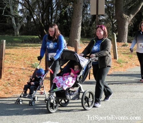 Share the Holiday Spirit 5K Run/Walk<br><br><br><br><a href='http://www.trisportsevents.com/pics/IMG_6346.JPG' download='IMG_6346.JPG'>Click here to download.</a><Br><a href='http://www.facebook.com/sharer.php?u=http:%2F%2Fwww.trisportsevents.com%2Fpics%2FIMG_6346.JPG&t=Share the Holiday Spirit 5K Run/Walk' target='_blank'><img src='images/fb_share.png' width='100'></a>