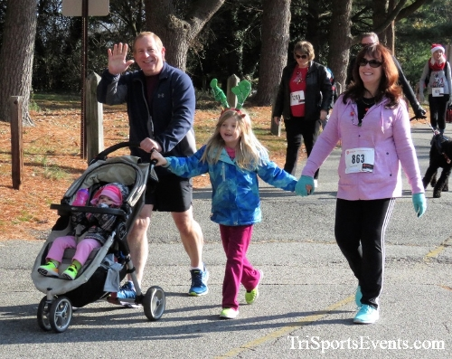 Share the Holiday Spirit 5K Run/Walk<br><br><br><br><a href='http://www.trisportsevents.com/pics/IMG_6347.JPG' download='IMG_6347.JPG'>Click here to download.</a><Br><a href='http://www.facebook.com/sharer.php?u=http:%2F%2Fwww.trisportsevents.com%2Fpics%2FIMG_6347.JPG&t=Share the Holiday Spirit 5K Run/Walk' target='_blank'><img src='images/fb_share.png' width='100'></a>