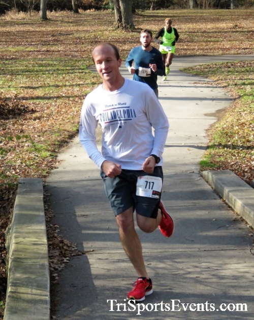Share the Holiday Spirit 5K Run/Walk<br><br><br><br><a href='http://www.trisportsevents.com/pics/IMG_6356.JPG' download='IMG_6356.JPG'>Click here to download.</a><Br><a href='http://www.facebook.com/sharer.php?u=http:%2F%2Fwww.trisportsevents.com%2Fpics%2FIMG_6356.JPG&t=Share the Holiday Spirit 5K Run/Walk' target='_blank'><img src='images/fb_share.png' width='100'></a>