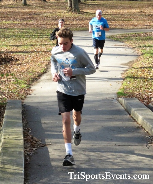 Share the Holiday Spirit 5K Run/Walk<br><br><br><br><a href='http://www.trisportsevents.com/pics/IMG_6361.JPG' download='IMG_6361.JPG'>Click here to download.</a><Br><a href='http://www.facebook.com/sharer.php?u=http:%2F%2Fwww.trisportsevents.com%2Fpics%2FIMG_6361.JPG&t=Share the Holiday Spirit 5K Run/Walk' target='_blank'><img src='images/fb_share.png' width='100'></a>