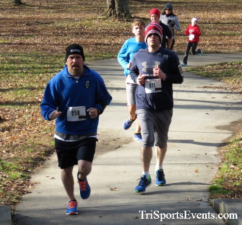 Share the Holiday Spirit 5K Run/Walk<br><br><br><br><a href='http://www.trisportsevents.com/pics/IMG_6366.JPG' download='IMG_6366.JPG'>Click here to download.</a><Br><a href='http://www.facebook.com/sharer.php?u=http:%2F%2Fwww.trisportsevents.com%2Fpics%2FIMG_6366.JPG&t=Share the Holiday Spirit 5K Run/Walk' target='_blank'><img src='images/fb_share.png' width='100'></a>