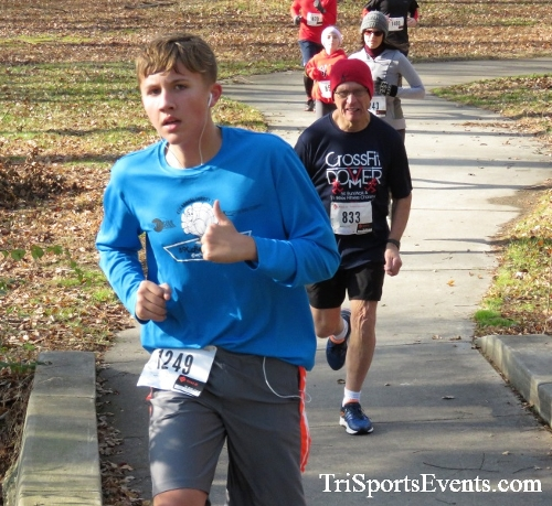 Share the Holiday Spirit 5K Run/Walk<br><br><br><br><a href='https://www.trisportsevents.com/pics/IMG_6367.JPG' download='IMG_6367.JPG'>Click here to download.</a><Br><a href='http://www.facebook.com/sharer.php?u=http:%2F%2Fwww.trisportsevents.com%2Fpics%2FIMG_6367.JPG&t=Share the Holiday Spirit 5K Run/Walk' target='_blank'><img src='images/fb_share.png' width='100'></a>