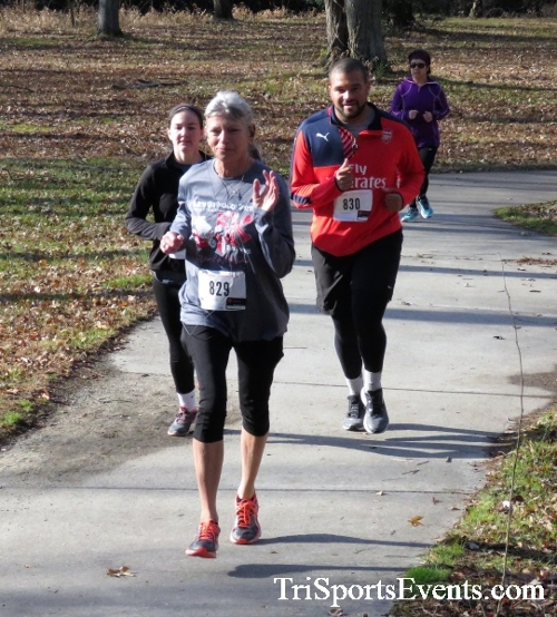 Share the Holiday Spirit 5K Run/Walk<br><br><br><br><a href='http://www.trisportsevents.com/pics/IMG_6372.JPG' download='IMG_6372.JPG'>Click here to download.</a><Br><a href='http://www.facebook.com/sharer.php?u=http:%2F%2Fwww.trisportsevents.com%2Fpics%2FIMG_6372.JPG&t=Share the Holiday Spirit 5K Run/Walk' target='_blank'><img src='images/fb_share.png' width='100'></a>