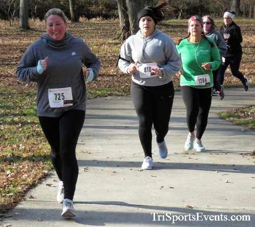 Share the Holiday Spirit 5K Run/Walk<br><br><br><br><a href='http://www.trisportsevents.com/pics/IMG_6379.JPG' download='IMG_6379.JPG'>Click here to download.</a><Br><a href='http://www.facebook.com/sharer.php?u=http:%2F%2Fwww.trisportsevents.com%2Fpics%2FIMG_6379.JPG&t=Share the Holiday Spirit 5K Run/Walk' target='_blank'><img src='images/fb_share.png' width='100'></a>