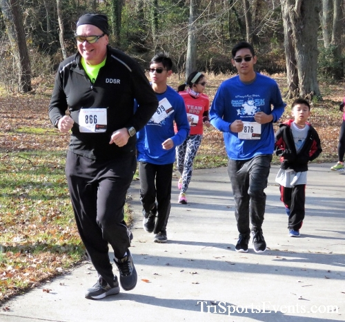 Share the Holiday Spirit 5K Run/Walk<br><br><br><br><a href='http://www.trisportsevents.com/pics/IMG_6383.JPG' download='IMG_6383.JPG'>Click here to download.</a><Br><a href='http://www.facebook.com/sharer.php?u=http:%2F%2Fwww.trisportsevents.com%2Fpics%2FIMG_6383.JPG&t=Share the Holiday Spirit 5K Run/Walk' target='_blank'><img src='images/fb_share.png' width='100'></a>