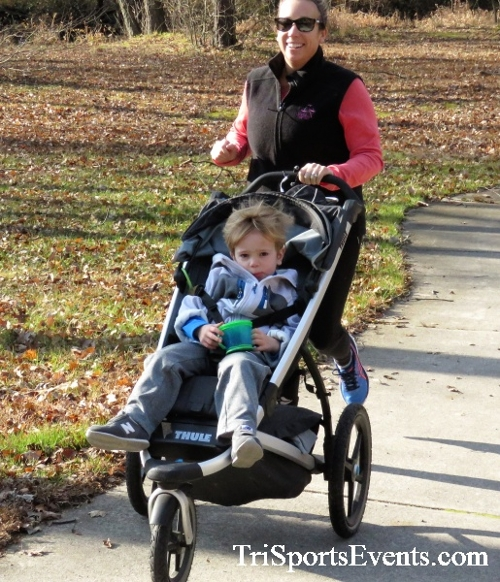 Share the Holiday Spirit 5K Run/Walk<br><br><br><br><a href='https://www.trisportsevents.com/pics/IMG_6388.JPG' download='IMG_6388.JPG'>Click here to download.</a><Br><a href='http://www.facebook.com/sharer.php?u=http:%2F%2Fwww.trisportsevents.com%2Fpics%2FIMG_6388.JPG&t=Share the Holiday Spirit 5K Run/Walk' target='_blank'><img src='images/fb_share.png' width='100'></a>