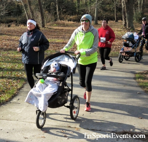 Share the Holiday Spirit 5K Run/Walk<br><br><br><br><a href='http://www.trisportsevents.com/pics/IMG_6393.JPG' download='IMG_6393.JPG'>Click here to download.</a><Br><a href='http://www.facebook.com/sharer.php?u=http:%2F%2Fwww.trisportsevents.com%2Fpics%2FIMG_6393.JPG&t=Share the Holiday Spirit 5K Run/Walk' target='_blank'><img src='images/fb_share.png' width='100'></a>