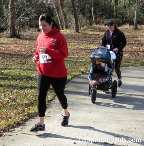 Share the Holiday Spirit 5K Run/Walk<br><br><br><br><a href='http://www.trisportsevents.com/pics/IMG_6394.JPG' download='IMG_6394.JPG'>Click here to download.</a><Br><a href='http://www.facebook.com/sharer.php?u=http:%2F%2Fwww.trisportsevents.com%2Fpics%2FIMG_6394.JPG&t=Share the Holiday Spirit 5K Run/Walk' target='_blank'><img src='images/fb_share.png' width='100'></a>