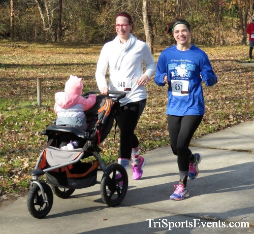 Share the Holiday Spirit 5K Run/Walk<br><br><br><br><a href='http://www.trisportsevents.com/pics/IMG_6402.JPG' download='IMG_6402.JPG'>Click here to download.</a><Br><a href='http://www.facebook.com/sharer.php?u=http:%2F%2Fwww.trisportsevents.com%2Fpics%2FIMG_6402.JPG&t=Share the Holiday Spirit 5K Run/Walk' target='_blank'><img src='images/fb_share.png' width='100'></a>