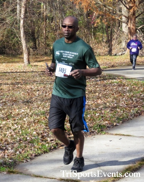 Share the Holiday Spirit 5K Run/Walk<br><br><br><br><a href='http://www.trisportsevents.com/pics/IMG_6405.JPG' download='IMG_6405.JPG'>Click here to download.</a><Br><a href='http://www.facebook.com/sharer.php?u=http:%2F%2Fwww.trisportsevents.com%2Fpics%2FIMG_6405.JPG&t=Share the Holiday Spirit 5K Run/Walk' target='_blank'><img src='images/fb_share.png' width='100'></a>