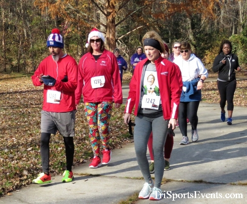 Share the Holiday Spirit 5K Run/Walk<br><br><br><br><a href='http://www.trisportsevents.com/pics/IMG_6406.JPG' download='IMG_6406.JPG'>Click here to download.</a><Br><a href='http://www.facebook.com/sharer.php?u=http:%2F%2Fwww.trisportsevents.com%2Fpics%2FIMG_6406.JPG&t=Share the Holiday Spirit 5K Run/Walk' target='_blank'><img src='images/fb_share.png' width='100'></a>